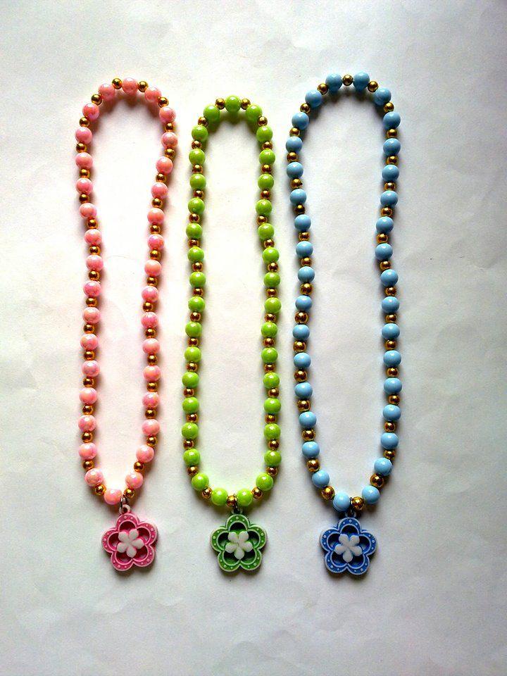 kalung bunga & mutiara