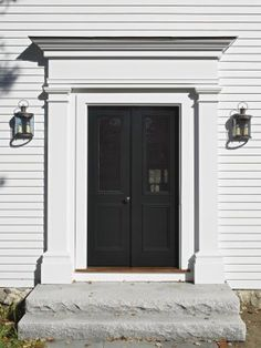Best 25 exterior door trim ideas on pinterest craftsman for Colonial style trim