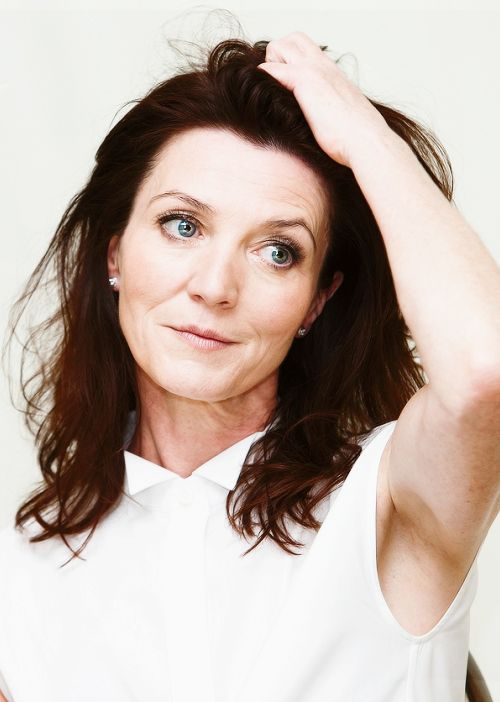 Michelle Fairley ---- Game of Thrones This woman is so beautiful!