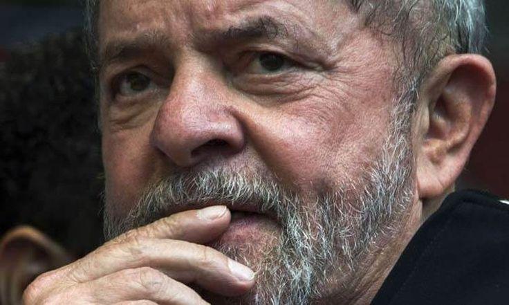 """Lula na cadeia, 'Regime fechado e multa de 87 milhões', fim da linha O MPF chegou a conclusão de que o Triplex foi dado a LUla em troca de contratos firmados com a OAS na Petrobrás. O pedido de prisão em regime fechado já foi pedido pelo Ministério Publico Federal. O pedido foiapresentado ao juiz … Continue lendo """"Lula na cadeia, 'Regime fechado e multa de 87 milhões', fim da linha"""""""