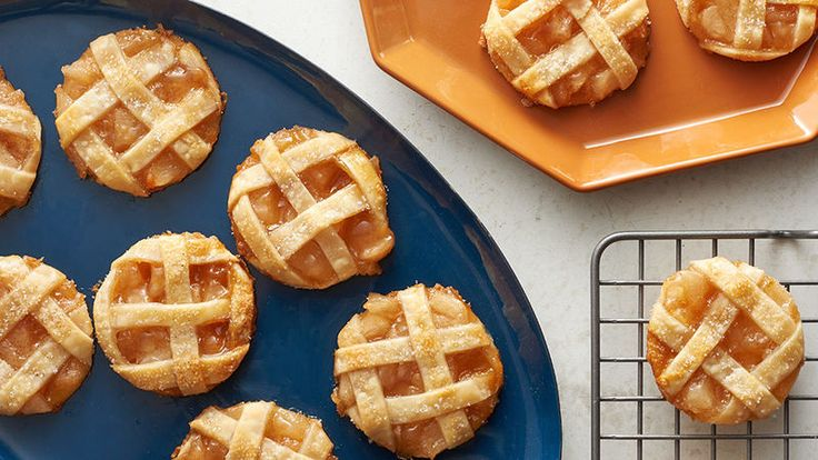 There's only one thing more American than apple pie. And that's apple pie cookies! What could be more American than combining two of the most beloved traditions into one luscious bite? And to make it that much better, we're going to add some gooey caramel!