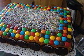 tortas decoradas con golosinas para hombre - Buscar con Google