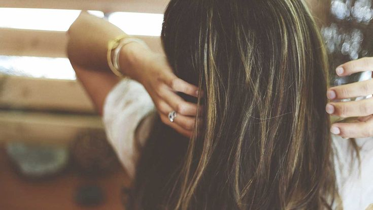 How to Treat a Pimple on Your Scalp