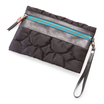 KURMI/フラットインナーバッグII ブラック 6615yen 大人の女性のためのバッグinバッグ!
