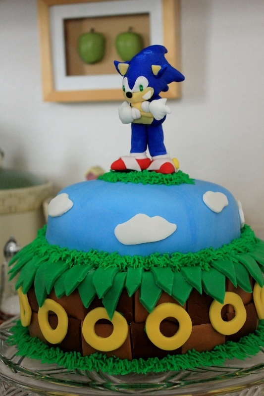 Sonic The Hedgehog cake I made for my daughter's 12th birthday