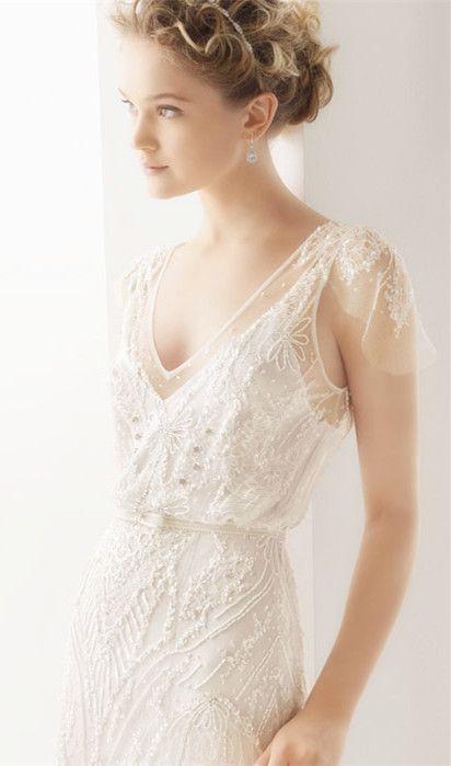 V-Neck Empire Brush Train Keyhole Tulle Wedding Dress
