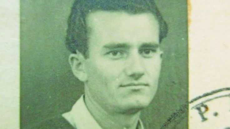 La 23 martie 1932 în comuna Scornicești, raionul Costești, regiunea Argeș s-a născut Ion Ceaușescu, al șaptelea băiat al cuplului Ceaușescu.[1] Tatăl se numea Andruță, iar mama Alexandrina. Aceasta era o familie obișnuită de țărani ce aveau în proprietate 7 hectare de teren arabil.[2]