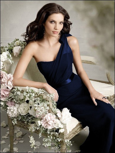 """Could this be Kitra Korban from """"Strait of Hormuz"""" in her midnight blue evening dress?"""