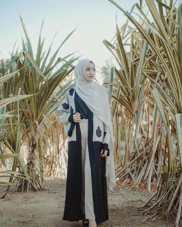 New Abaya style all the way from Makkah&Madinah🦋 have you seen @makkahwalmadinah Abaya collections? It's must have this week at @modvierkuantan . Do whatsapp us at +0192313103 for online order and more details (Kuantan)