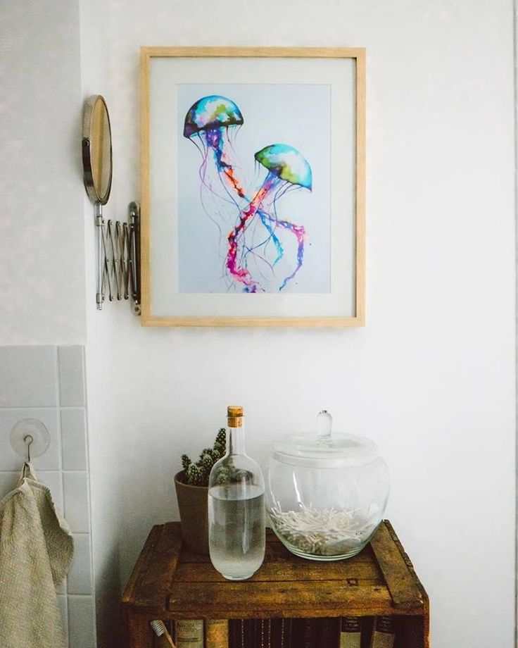 colourful jellyfish art in bathroom