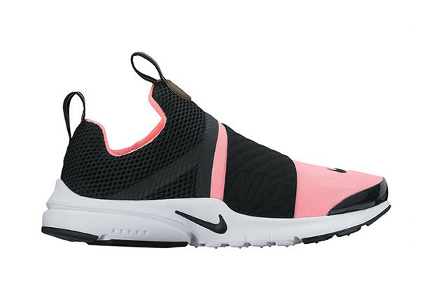 The Nike Presto gets a new update in the Nike Presto Extreme as the cage overlay is ditched for a new slip-on laceless construction. Available Spring 2017