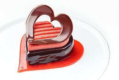 シャネル銀座ビルのレストラン「ベージュ アラン・デュカス 東京」のバレンタイン限定メニュー