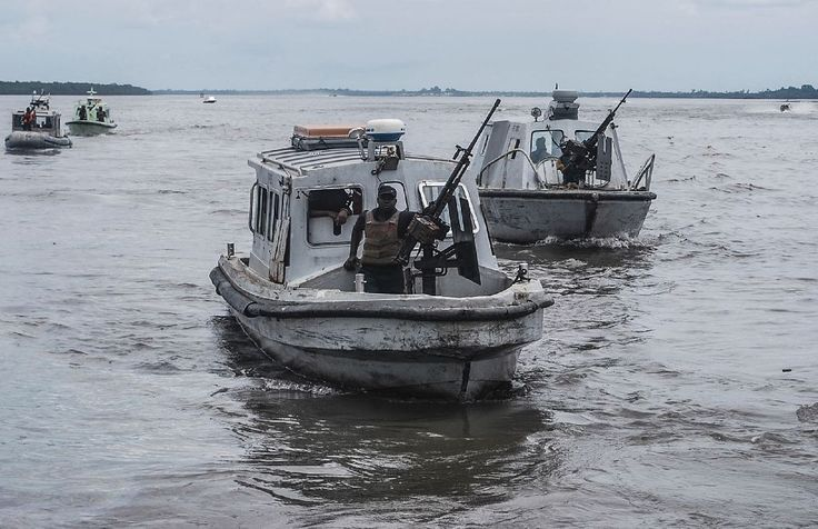 The Nigerian navy has foiled a pirate attack on a British-flagged merchant…