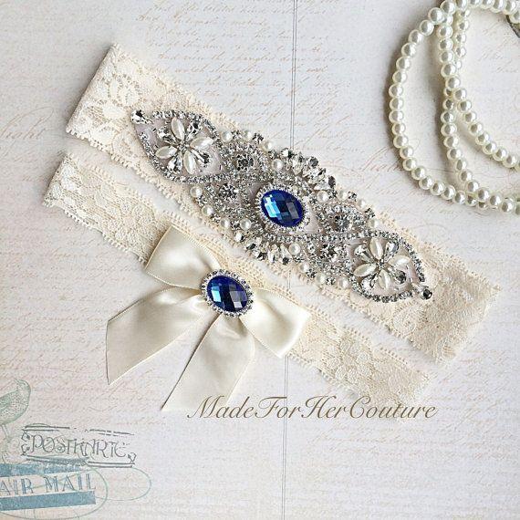 Best 25+ Wedding garter set ideas on Pinterest   Vestido de seda ...