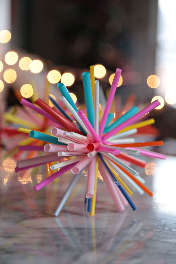 Starbursts made from drinking straws and zip ties. SO EASY!!