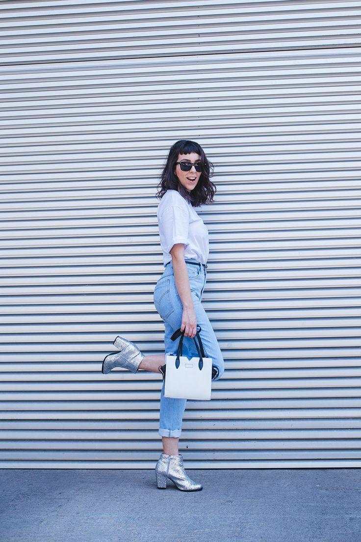 como usar, onde comprar, mom jeans, bota glitter, glitter boots, minimalist, minimalista, look do dia, outfit