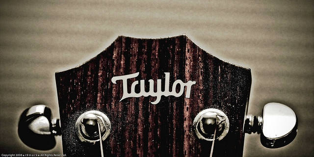#Taylor : Guitar II  Like,Repin,Share: Thank's