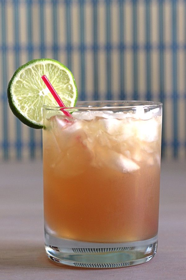gemini cocktails grand marnier and lemonade. Black Bedroom Furniture Sets. Home Design Ideas