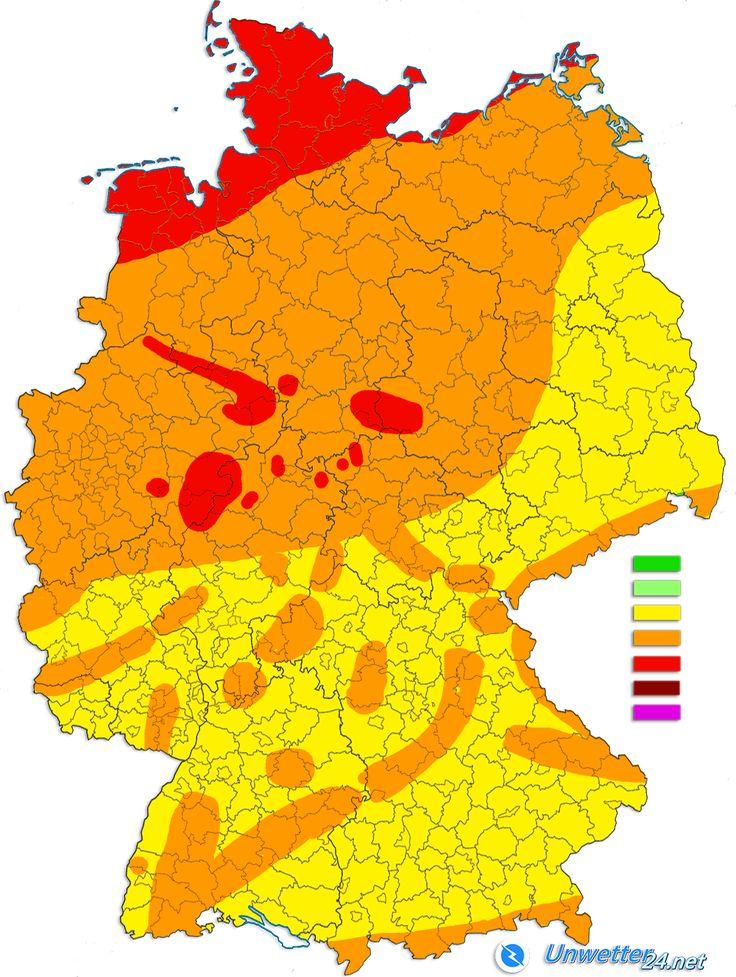 """+++ Orkantief """"Sebastian"""" droht! +++  Das Orkantief """"Sebastian"""" zieht am Dienstag vom Nordatlantik über die Britischen Inseln. Am Mittwoch erreicht es die Nordsee und gewinnt dabei an Stärke. Auf offener See sind aufgrund dessen kurzzeitig Böen bis etwa 150 km/h möglich. Am Mittwochmorgen erreicht das Tief Deutschland.  Mehr dazu: https://news.unwetter24.net/orkantief-sebastian-droht/  #Unwetter #Orkan #Sturm #Sebastian #Wetter"""