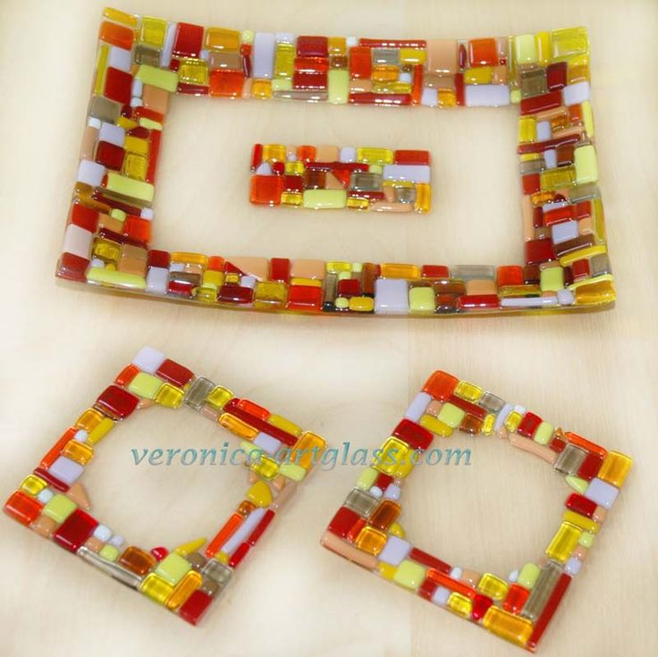 red-mosaic-fusing-glass.jpg 801×800 pixels