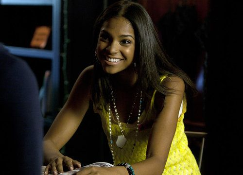 Shana — Pretty Little Liars | The 10 Most Hated Lesbian And Bi Characters