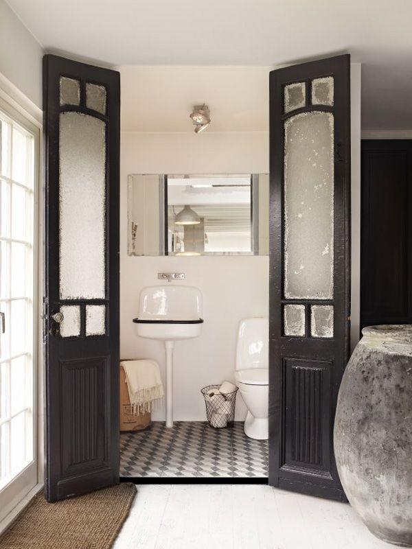 bathroom doors Encontrado en desiretoinspire.net