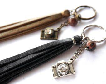 Photographer Gift - Camera Keychain - Vintage Camera Accessories - Gifts for Photographers - Camera Jewelry - Camera Keyring - Silver Camera