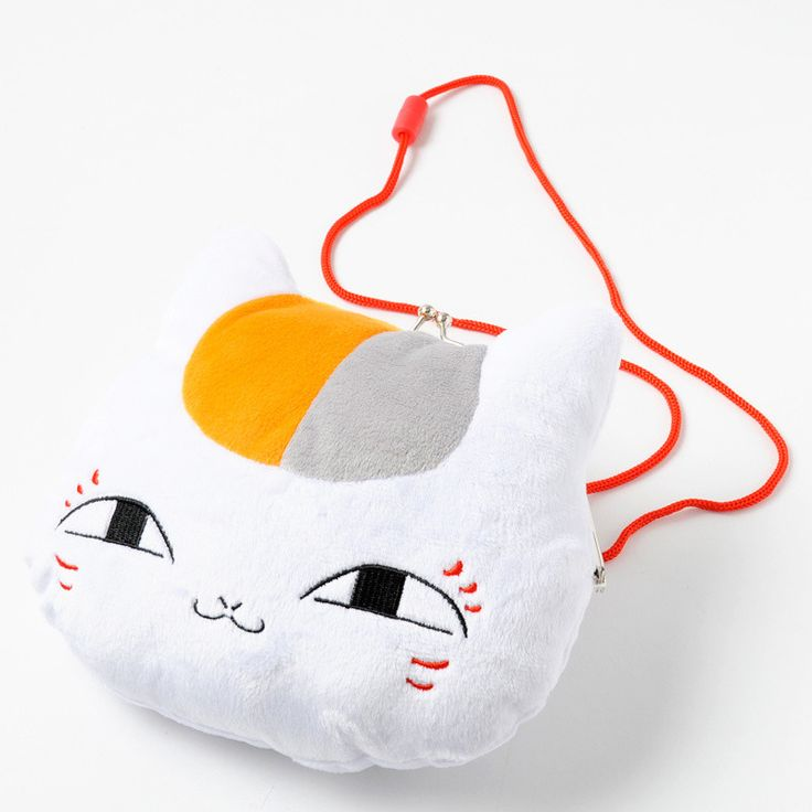 This cute purse takes the shape of Nyanko-sensei's face, a powerful spirit who also acts as a protector and companion of Natsume, the main and titular character to the long-running supernatural fantasy comedy series, Natsume's Book of Friends. He usually stays in the form of a Japanese manekineko, which is why Natsume has given him his peculiar name. This purse is slightly bigger than its little b...