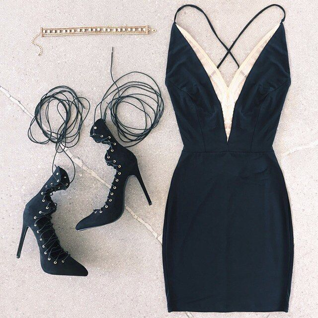 This is how we do #GNO.   #gojane #outfit #datenight #girlsnight #sexyblackdress #lbd #littleblackdress