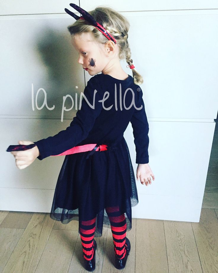 Halloween Party! >>http://www.lapinella.com/2015/10/23/halloween-party/
