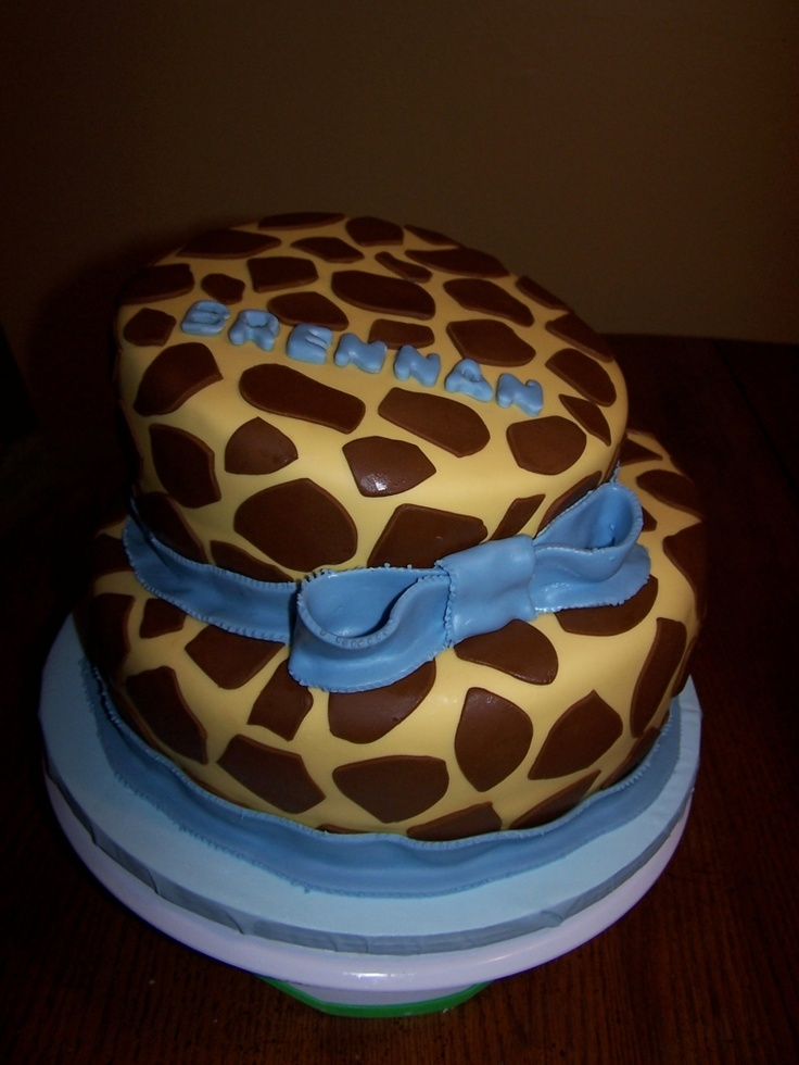 Well OBVIOUSLY I need this giraffe cake for my Birthday :)