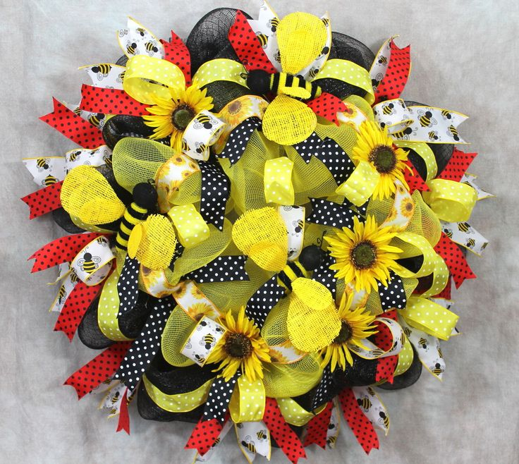 Best 25 Bumble Bee Decorations Ideas On Pinterest