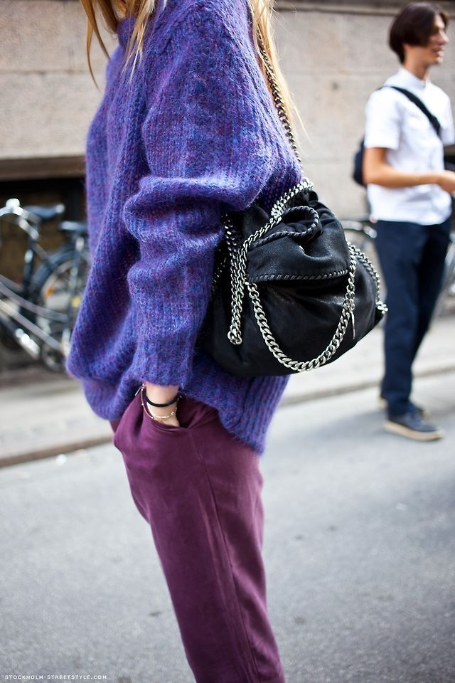 Purple wool jumper + Burgundy pants + Stella McCartney bag - Winter outfit ideas and street style inspiration