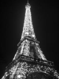 Turnul Eiffel – cum sa nu stai la coada la bilete | www.viajoa.ro