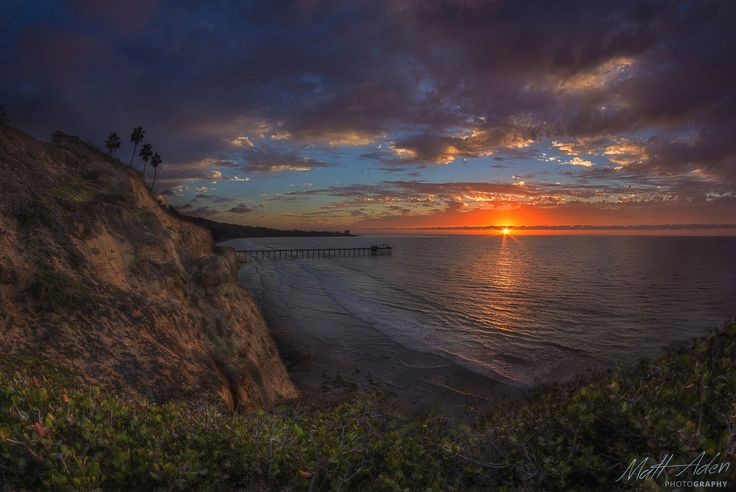 Scripps Bluffs by Matt Aden on 500px