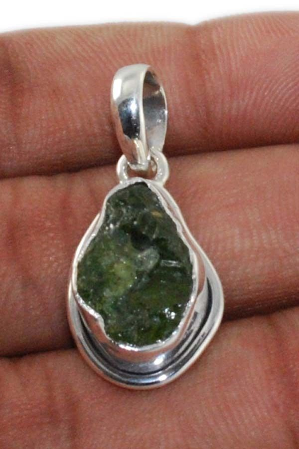 Natural Peridot Rough 925 Solid Sterling silver Pendant Jewelry (PP-001) #Rananjay #HandmadePendant