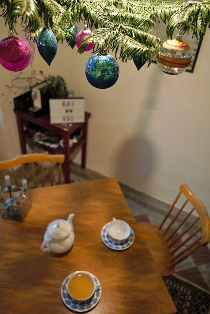 La Petite Anne: DIY vánoční aranžmá nad stolem