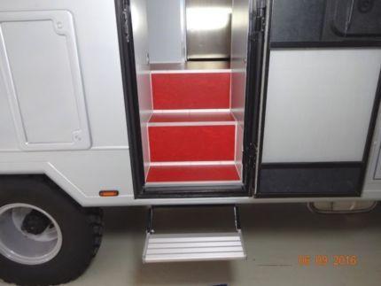 mercedes benz vario 818 allrad einzelbereift in hessen h nfeld wohnmobile gebraucht kaufen. Black Bedroom Furniture Sets. Home Design Ideas