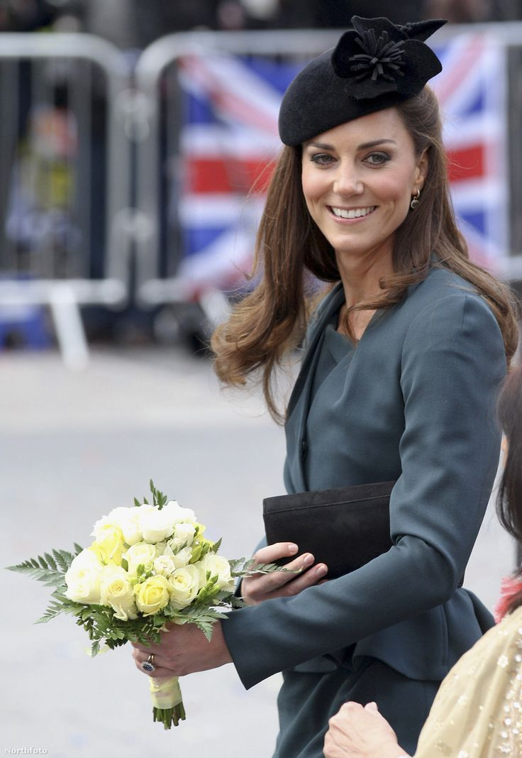 Katalin hercegné. #theduchessofcambridge #duchesskate #katemiddleton #catherinemiddleton #britishroyalfamily #windsors #globalstyleicon #fashionista #fashiondiva #thecambridges #middletons
