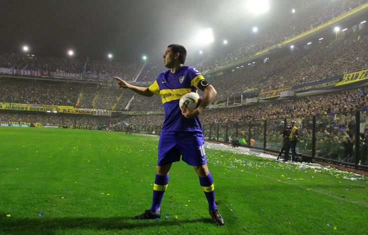 Juan Roman Riquelme 'The Patron' in his beloved Boca outfit. The blue and yellow color combination is superb.