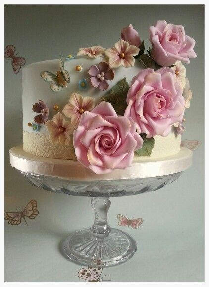 Cakes With Roses Pinterest