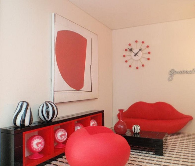 Bocca Lip Sofa in Spook House with lego furniture | Flickr - Photo Sharing!
