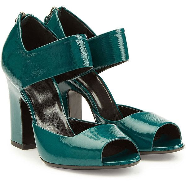 Pierre Hardy Patent Leather Pumps (890 BRL) ❤ liked on Polyvore featuring shoes, pumps, heels, scarpe, обувь, green, polish shoes, block heel pumps, block heel shoes and patent shoes