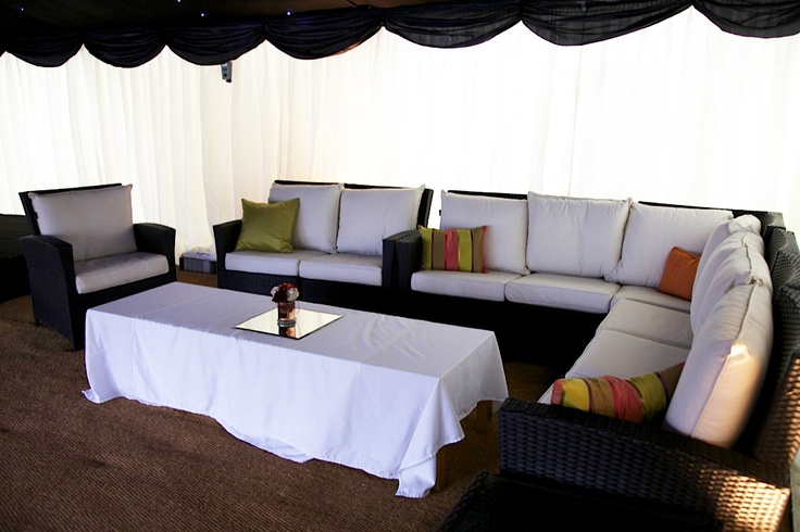 Simple sofas and table for a chill out area marquee for Sofa chill out exterior