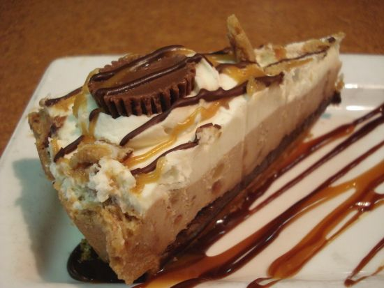 TGI Friday's Restaurant Copycat Recipes: Chocolate Peanut Butter Pie