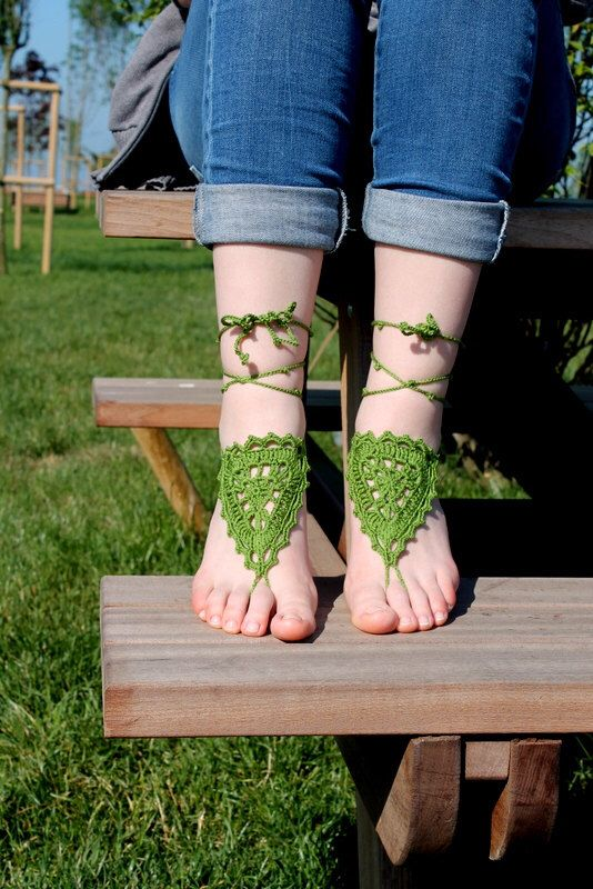 Pool shoes! Green barefoot sandals, Wedding beach party, crochet sandals, foot jewelry, yoga, leg decoration, anklet, hippie sandals by beyazdukkan on Etsy https://www.etsy.com/listing/190071790/pool-shoes-green-barefoot-sandals