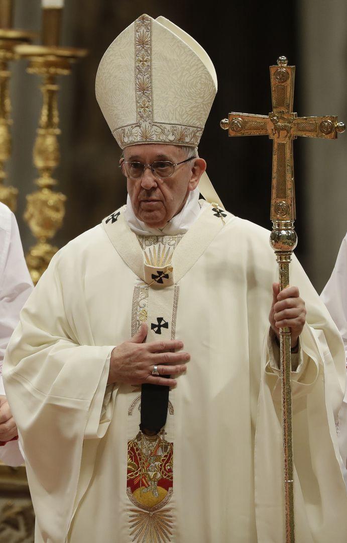 Počas svojich kázní pápež odsudzuje tiež pohlavné zneužívanie detí kňazmi ako čin rovnajúci sa