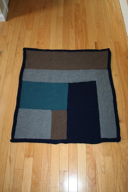 Moderne baby blanket - donated