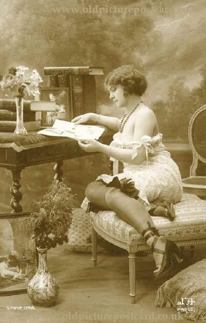 Old: Vintage Pin, Antiques Photo, 1920S Erotica, Vintage Photography, Vintage Reading, Vintage Beautiful, French Postcards, Postcards 1920S, 1920S Roaring