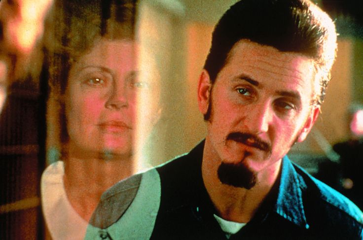 """""""Dead Man Walking"""" movie still, 1995.  L to R: Susan Sarandon, Sean Penn.  Both Penn and Sarandon received Oscar nominations for ths movie.  Sarandon won Best Actress, Penn lost Best Actor honors to Nicolas Cage for """"Leaving Las Vegas""""."""